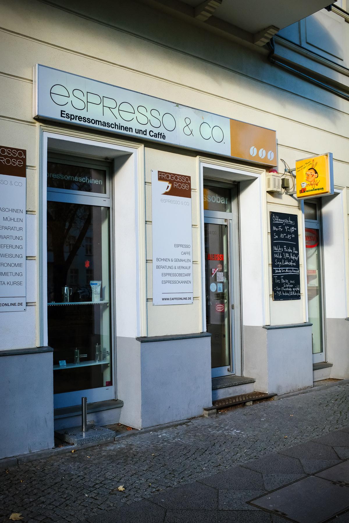 Innenansicht Espresso Fachgeschäft in der Greifswalder Straße.